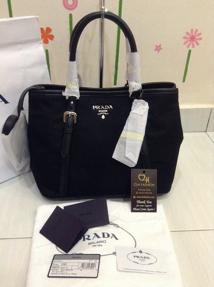 0723fcc88c4 PRADA BN1841 Tessuto Bauletto Aperto Convertible Nylon Bag - Black ...