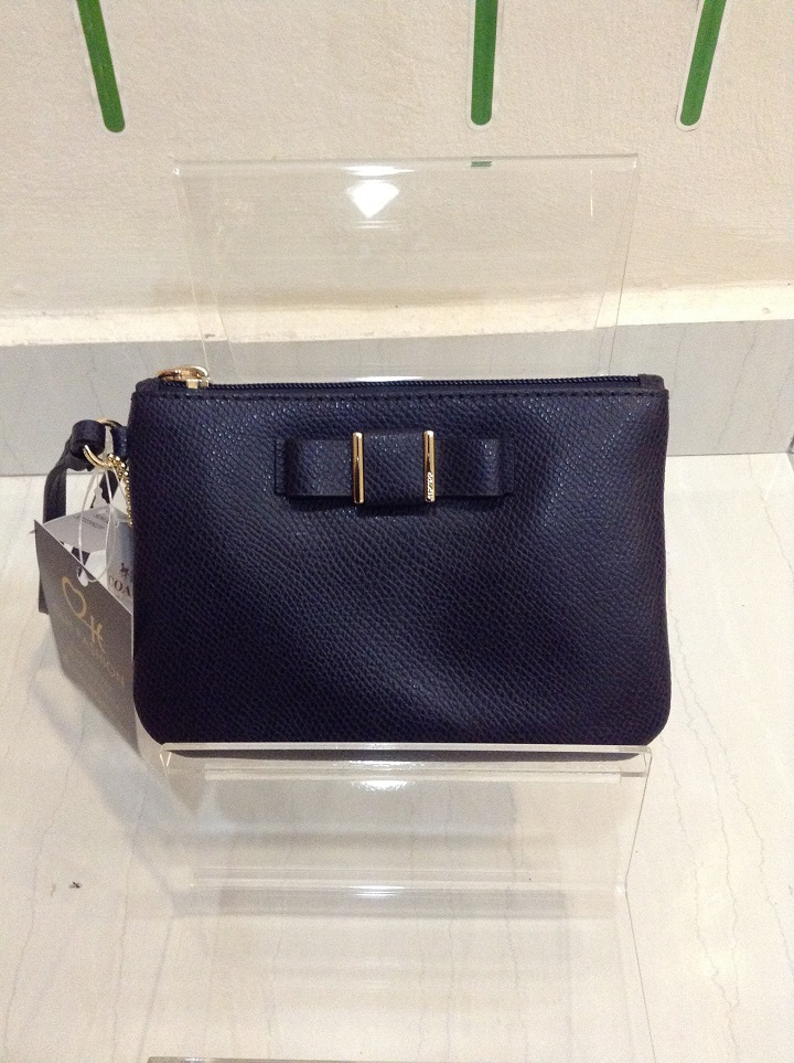 COACH 32629 SMALL WRISTLET WITH BOW IN CROSSGRAIN LEATHER - MIDNIGHT ... f98bdc2a9c229